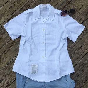 Women's white button down tuck in shirt